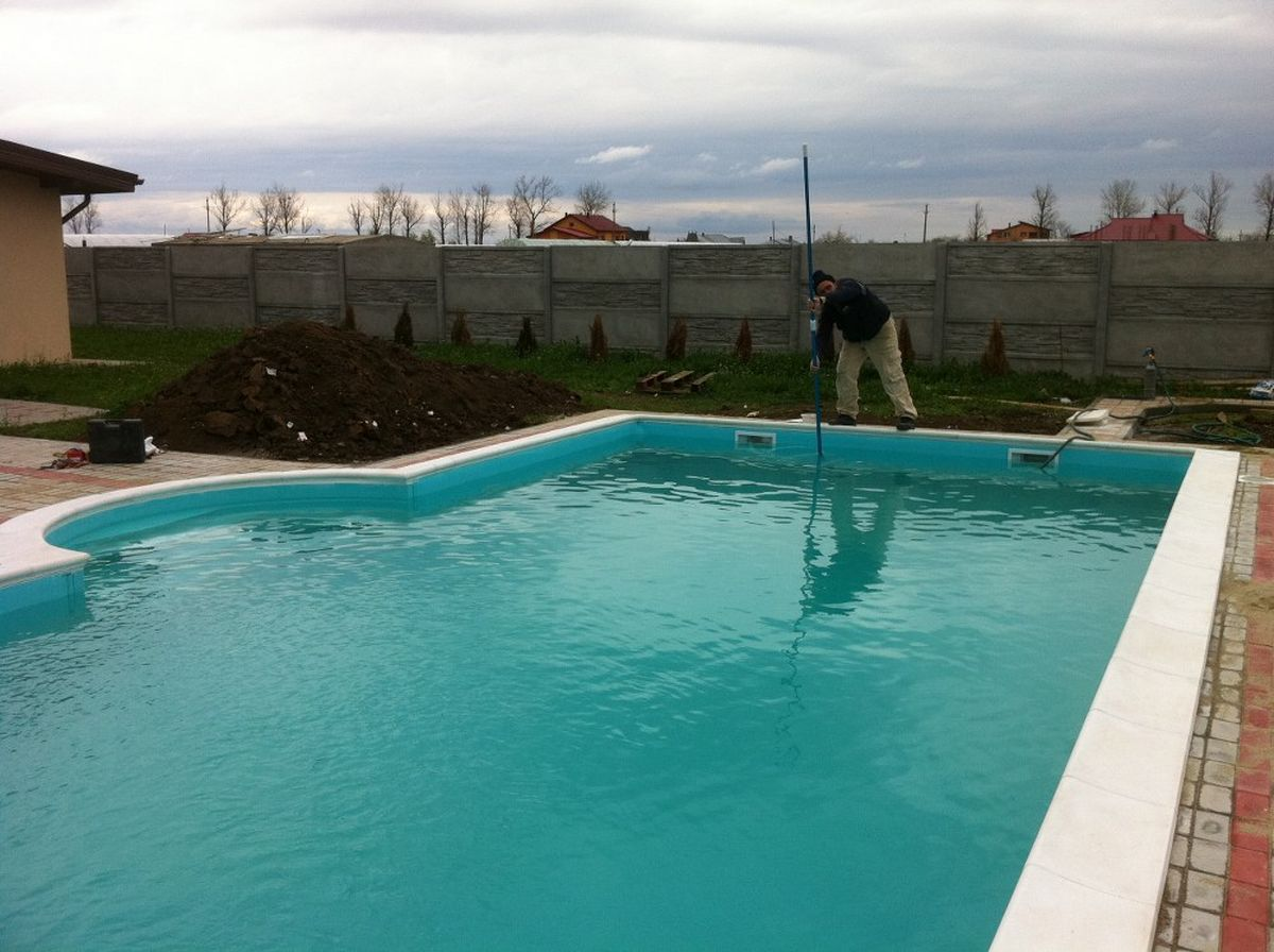Constructia piscinei margarita adunatii copaceni giurgiu for Constructii piscine