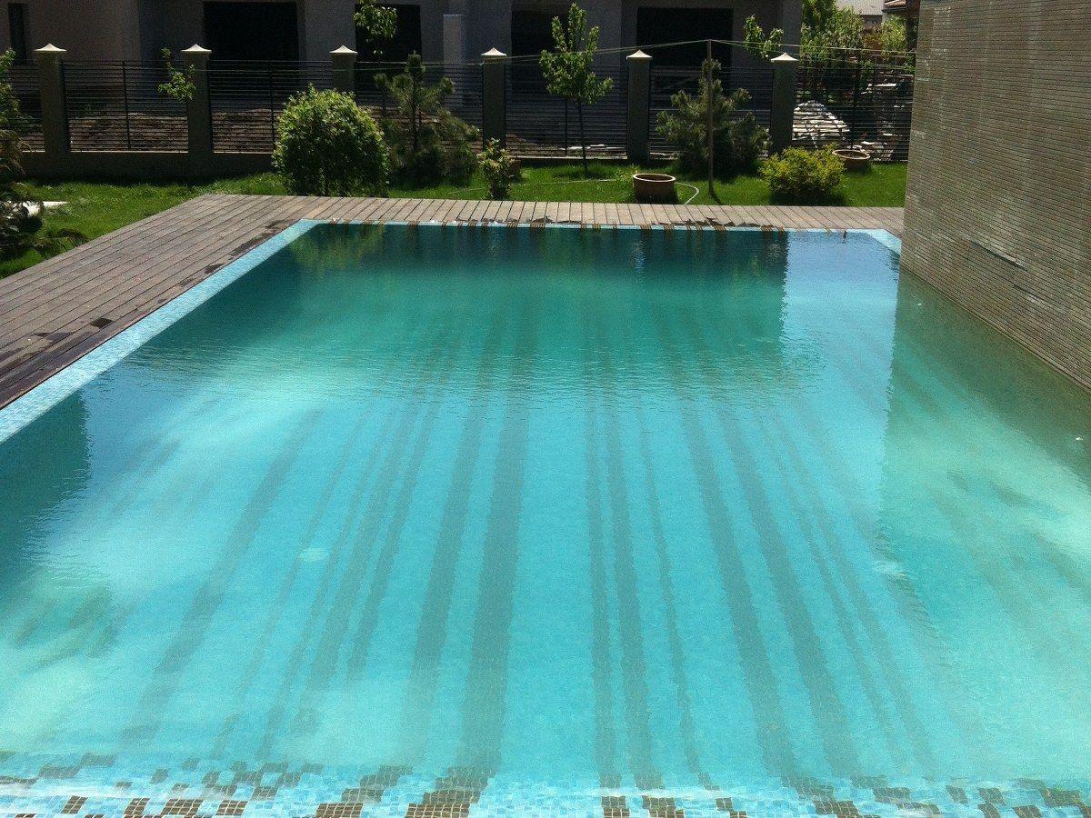 Renovare cu mozaic dobroiesti ilfov for Aqua piscine
