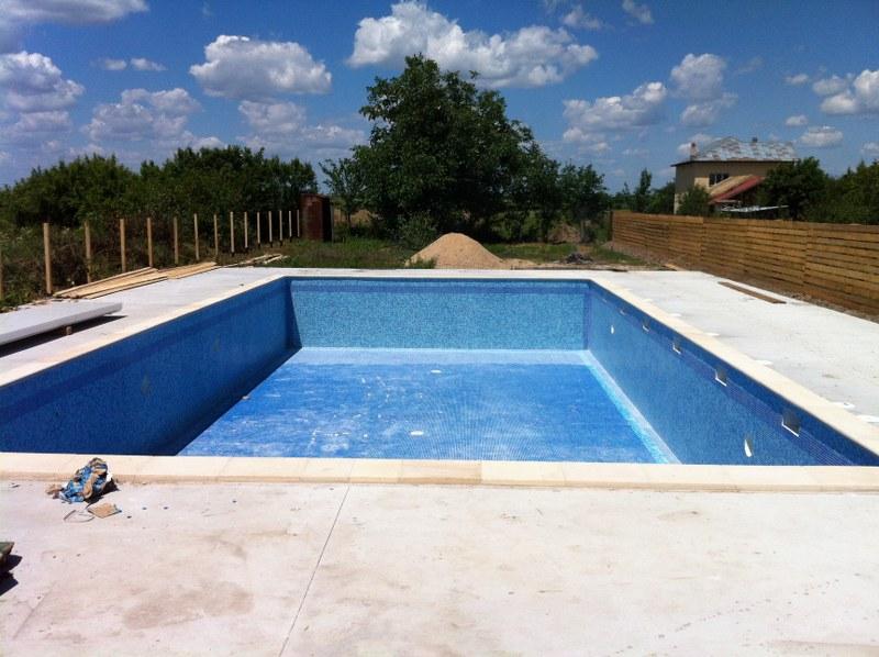 Constructia piscinei clasic gratia teleorman for Constructii piscine romania
